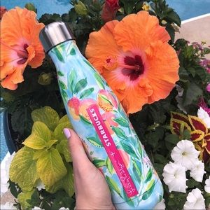 Lilly Starbucks Swell bottle
